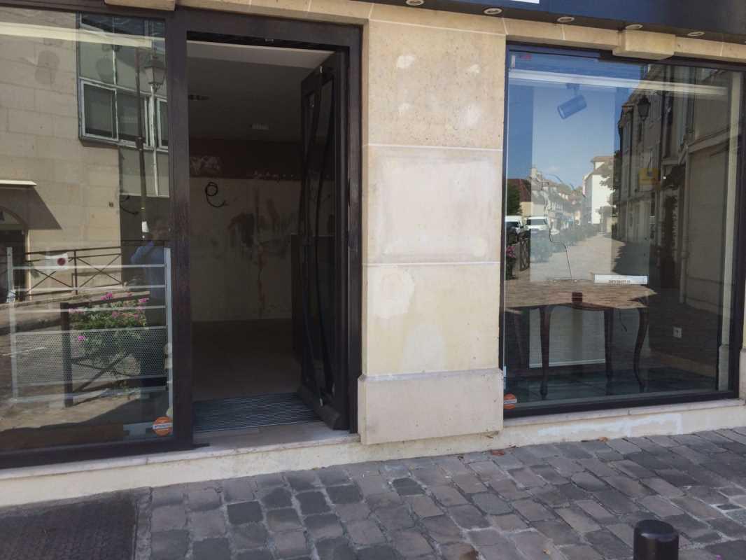 Photo du bien :  à Louer Bureaux et Locaux commerciaux 92160 ANTONY offre 751076