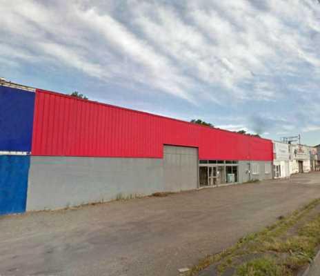 Local Activité/commerce en façade de la Route de Paris 250 m²