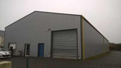 Local d'activité indépendant de 800 m²