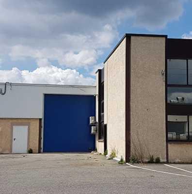 A LOUER Local d'activité 490 m² ZI BOIS VERT