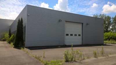 A LOUER Local d'activité 1 000 m² TOULOUSE EST