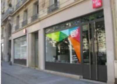 1600m² de Boutique à Vendre ou à Louer à PARIS 75002