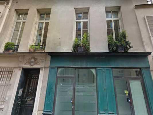 142m² de Locaux professionnels à Vendre à PARIS 75006