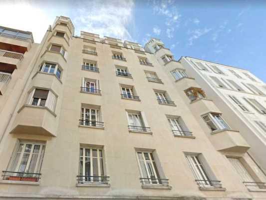 46m² de Locaux professionnels à Louer à PARIS 75007