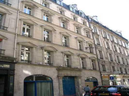 142,28m² de Bureaux à Louer à PARIS 75008