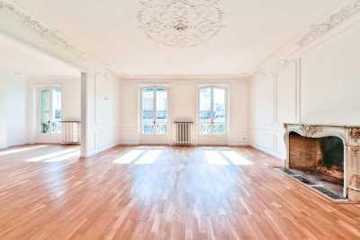 Appartement à Vendre PARIS 75008