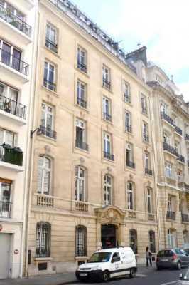 153m² de Bureaux à Louer à PARIS 75008