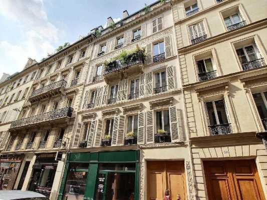 158m² de Bureaux à Louer à PARIS 75009
