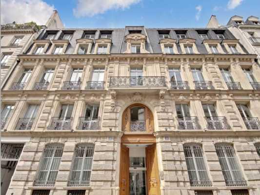 1455m² de Bureaux à Sous-louer à PARIS 75010