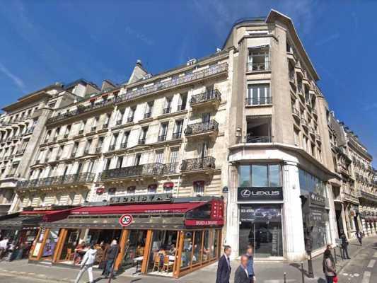 1217m² de Bureaux à Louer à PARIS 75017