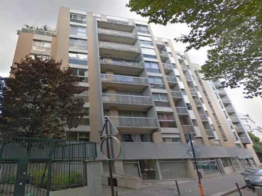 117,77m² de Locaux commerciaux à Vendre à PARIS 75018
