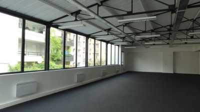 480m² de Entrepôts à Louer à ISSY LES MOULINEAUX 92130