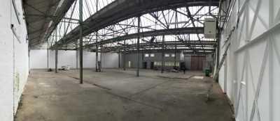 1000m² de Entrepôts à Louer à PANTIN 93500