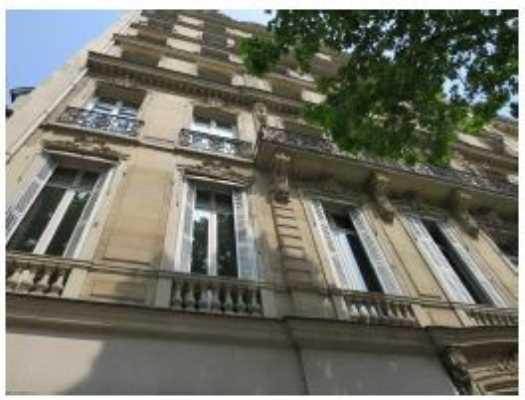 114m² de Locaux commerciaux à Louer à PARIS 75008