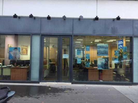 80m² de Locaux commerciaux à Louer à PARIS 75015