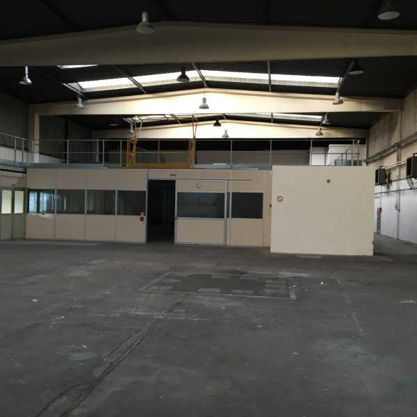 Photo du bien :  à Louer Activités et Bureaux 95310 SAINT OUEN L'AUMONE offre(...)