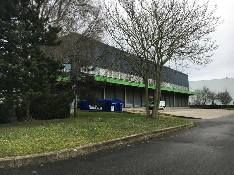 Photo du bien :  à Louer Entrepôt et Bureaux 95310 SAINT OUEN L'AUMONE offre(...)