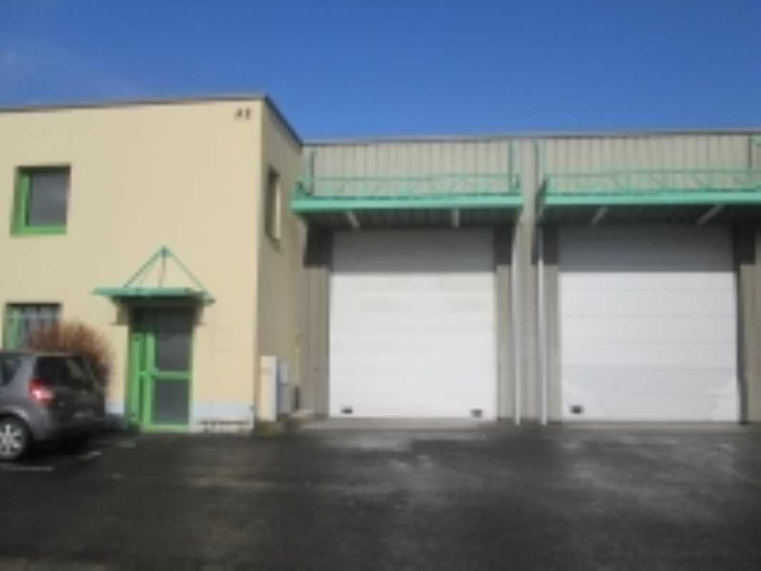 Photo du bien :  à Louer Locaux d'activité 77340 PONTAULT COMBAULT offre 573942