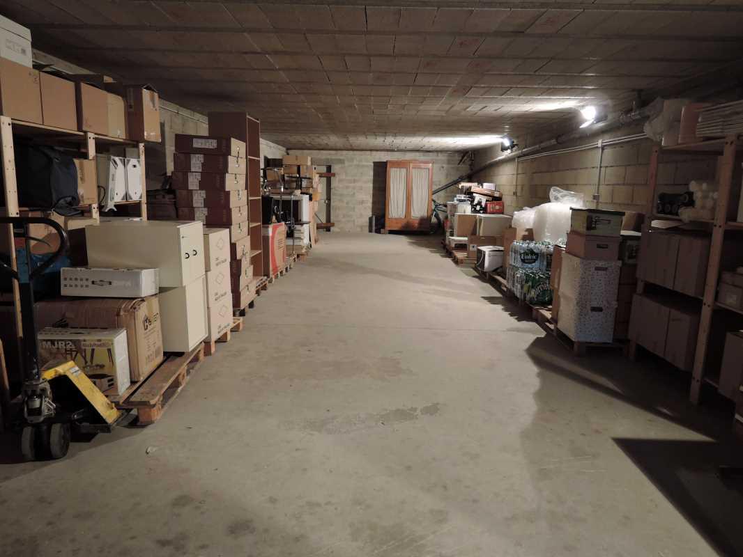 Photo du bien :  à Vendre ou à Louer Locaux d'activité 77400 THORIGNY SUR MARNE offre(...)