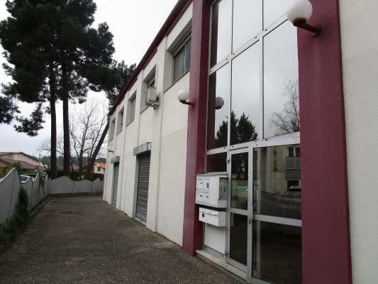 Photo du bien :  à Louer Bureaux 33140 VILLENAVE D'ORNON offre 625996