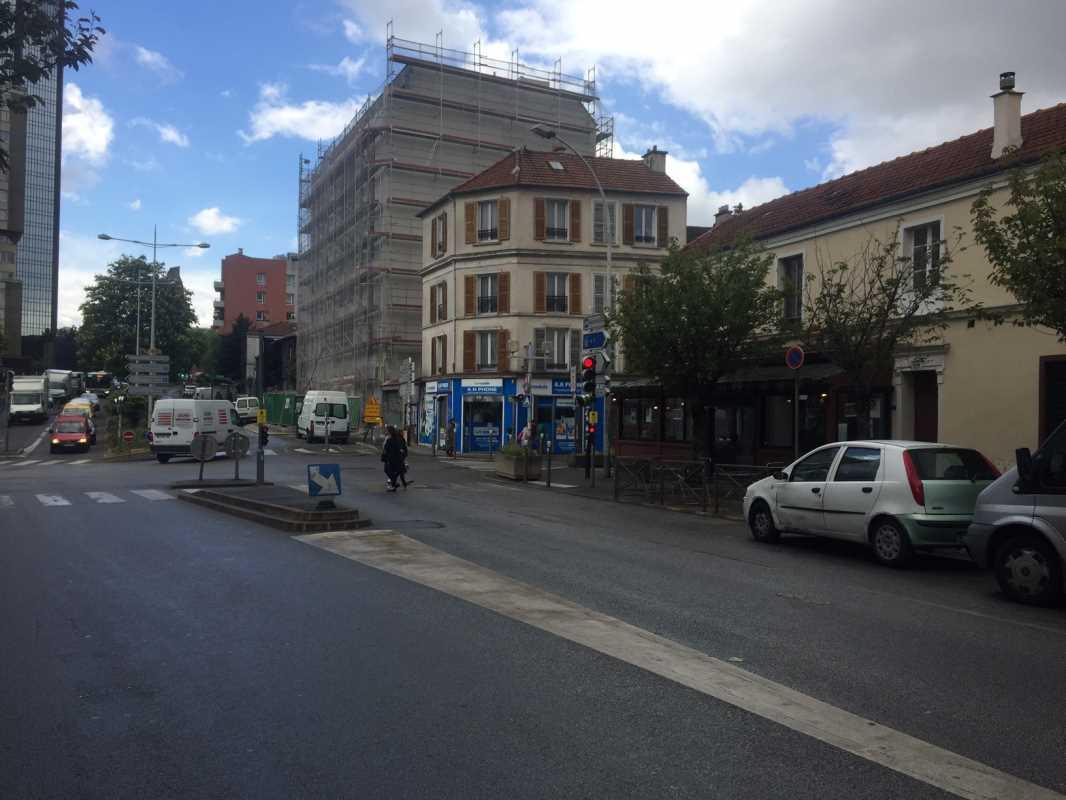 Photo du bien :  à Louer Locaux commerciaux 93170 BAGNOLET offre 633319