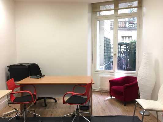 Photo du bien :  à Louer Bureaux 75017 PARIS offre 653444