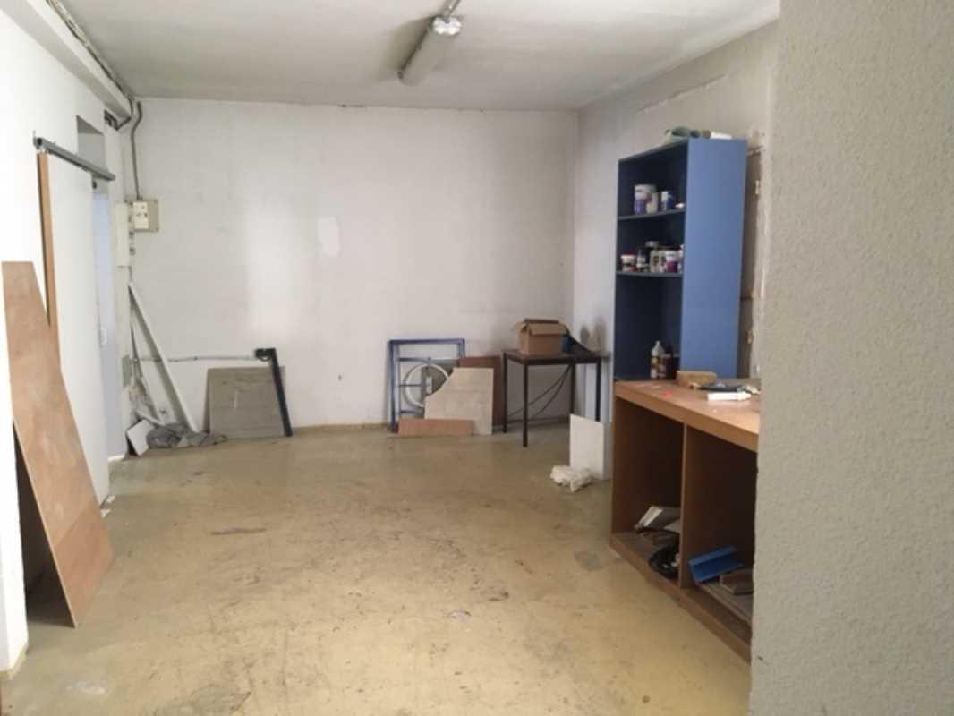 Photo du bien :  Vente de murs occupés Locaux commerciaux 92310 SEVRES offre 654599