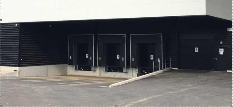 Photo du bien :  à Vendre ou à Louer Locaux d'activité 91140 VILLEBON SUR YVETTE offre(...)
