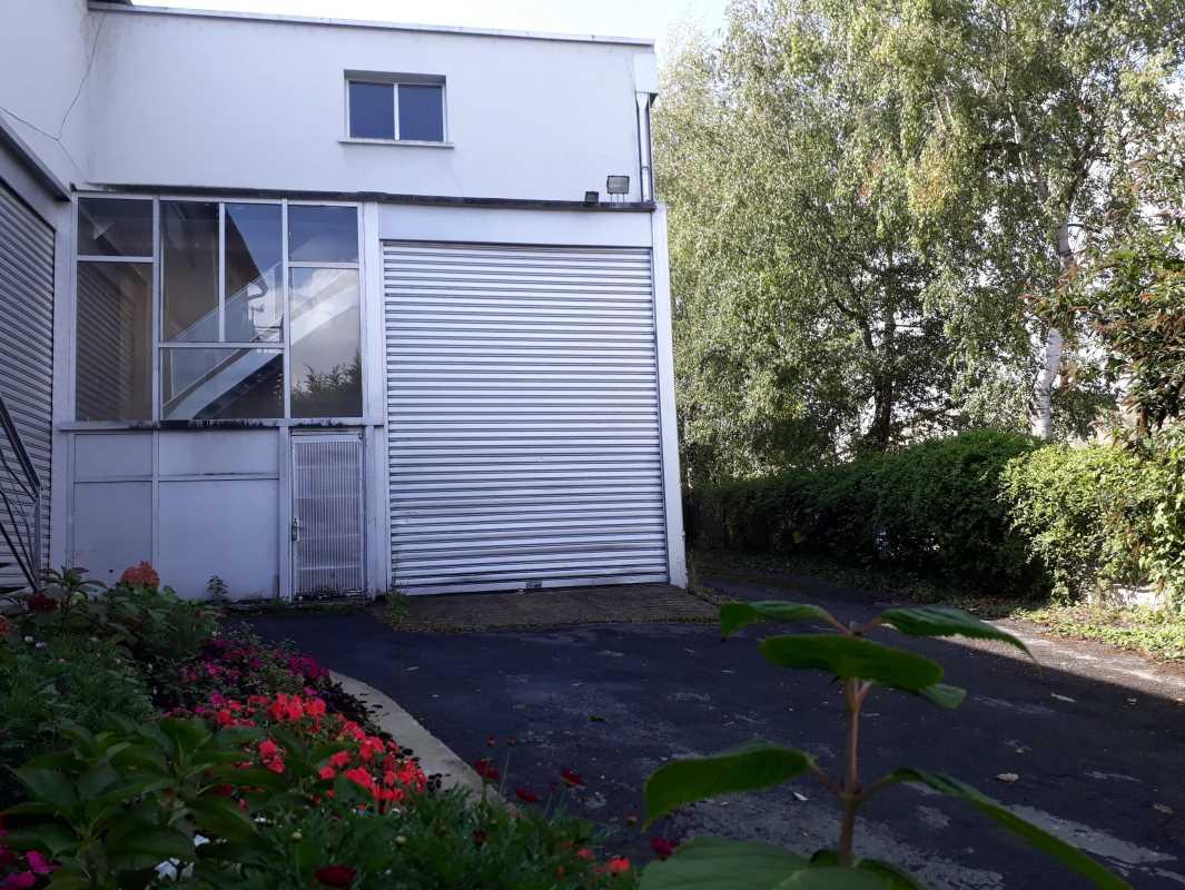 Photo du bien :  à Louer Locaux d'activité 95350 SAINT BRICE SOUS FORET offre(...)