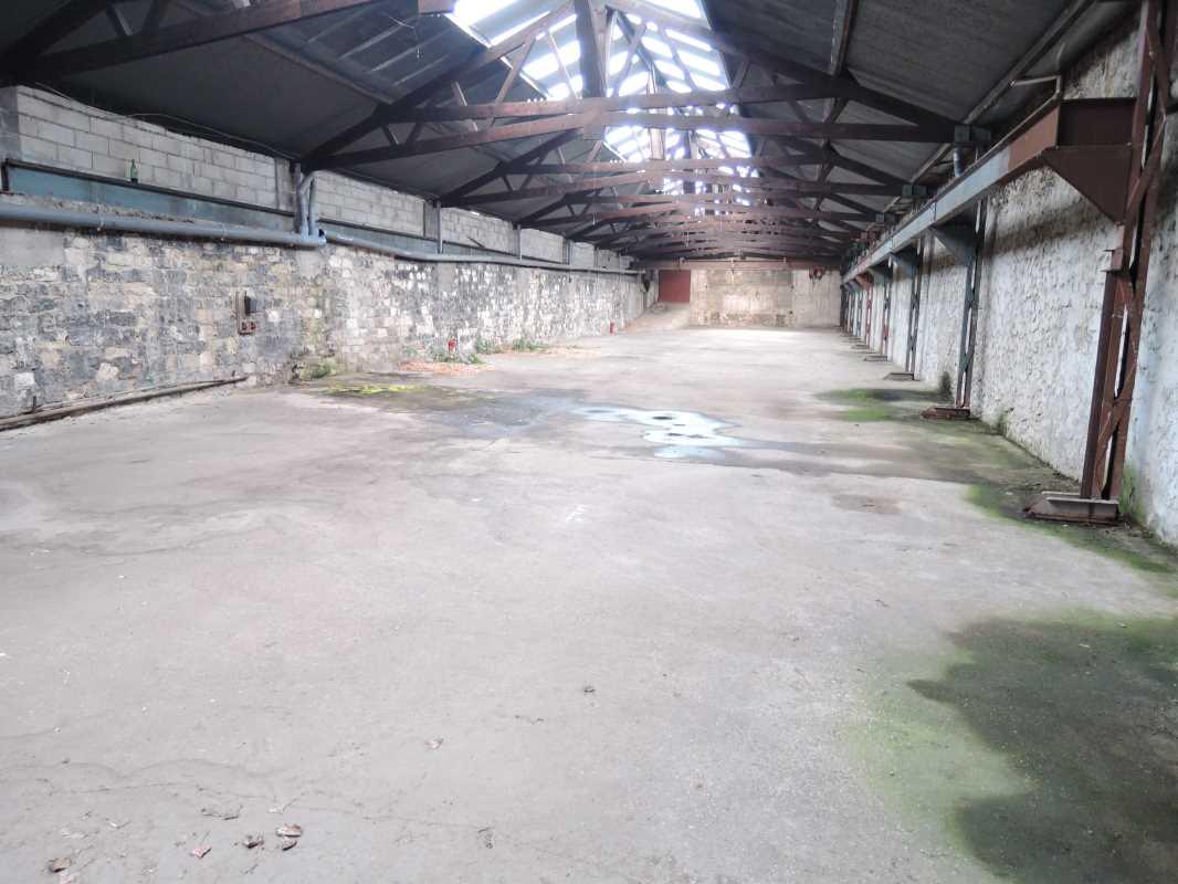Photo du bien :  à Louer Locaux d'activité 92100 BOULOGNE BILLANCOURT offre(...)