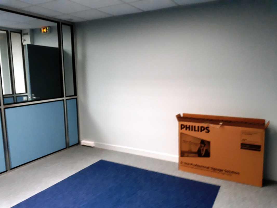 Location bureaux torcy: evolis location bureaux torcy