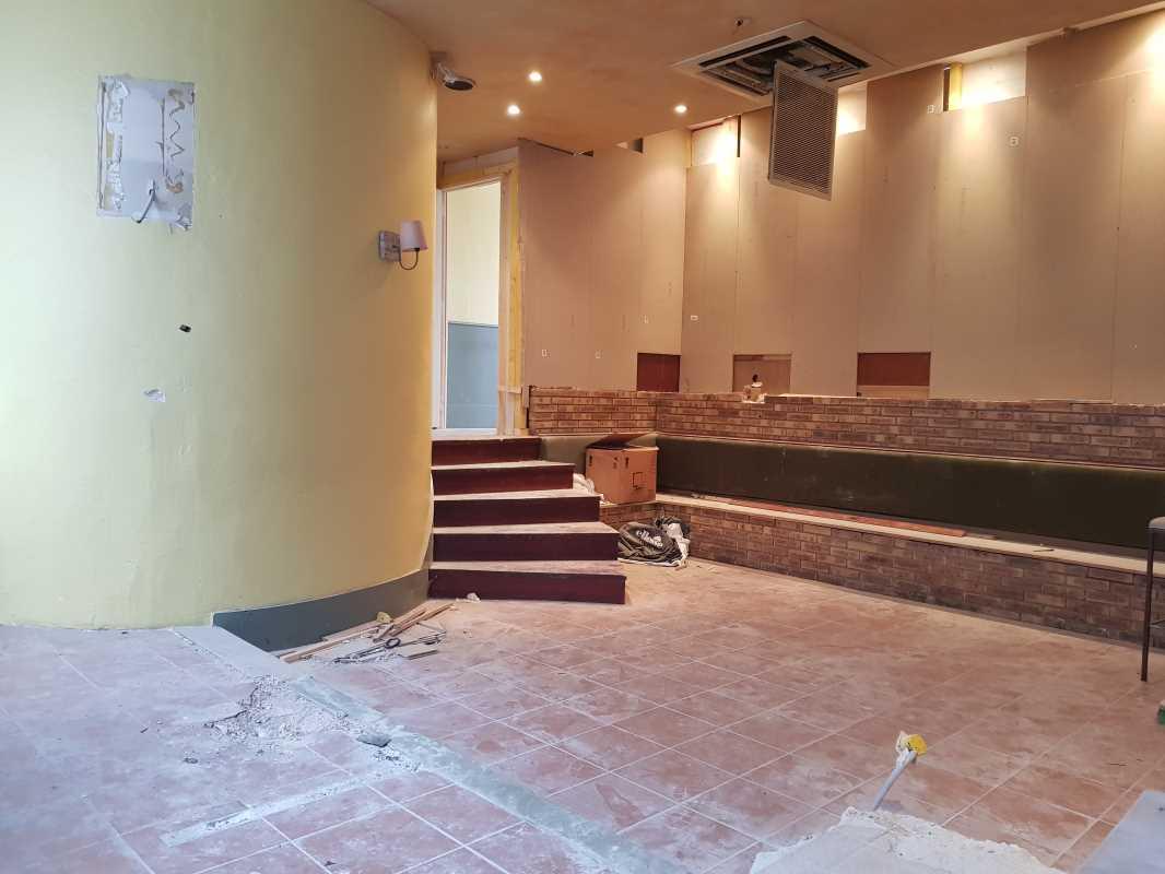 Photo du bien :  Vente de murs vides Locaux commerciaux 92310 SEVRES offre 679045