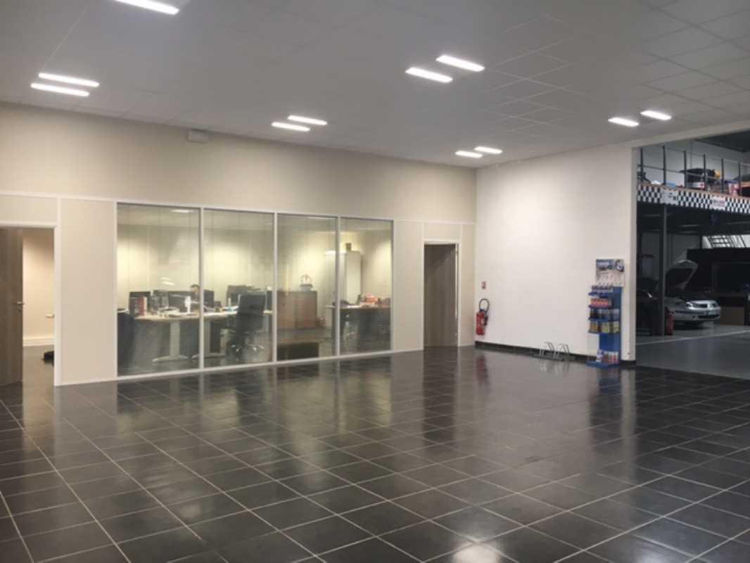 Photo du bien :  à Louer Entrepôt et Locaux d'activité 95310 SAINT OUEN L'AUMONE offre(...)