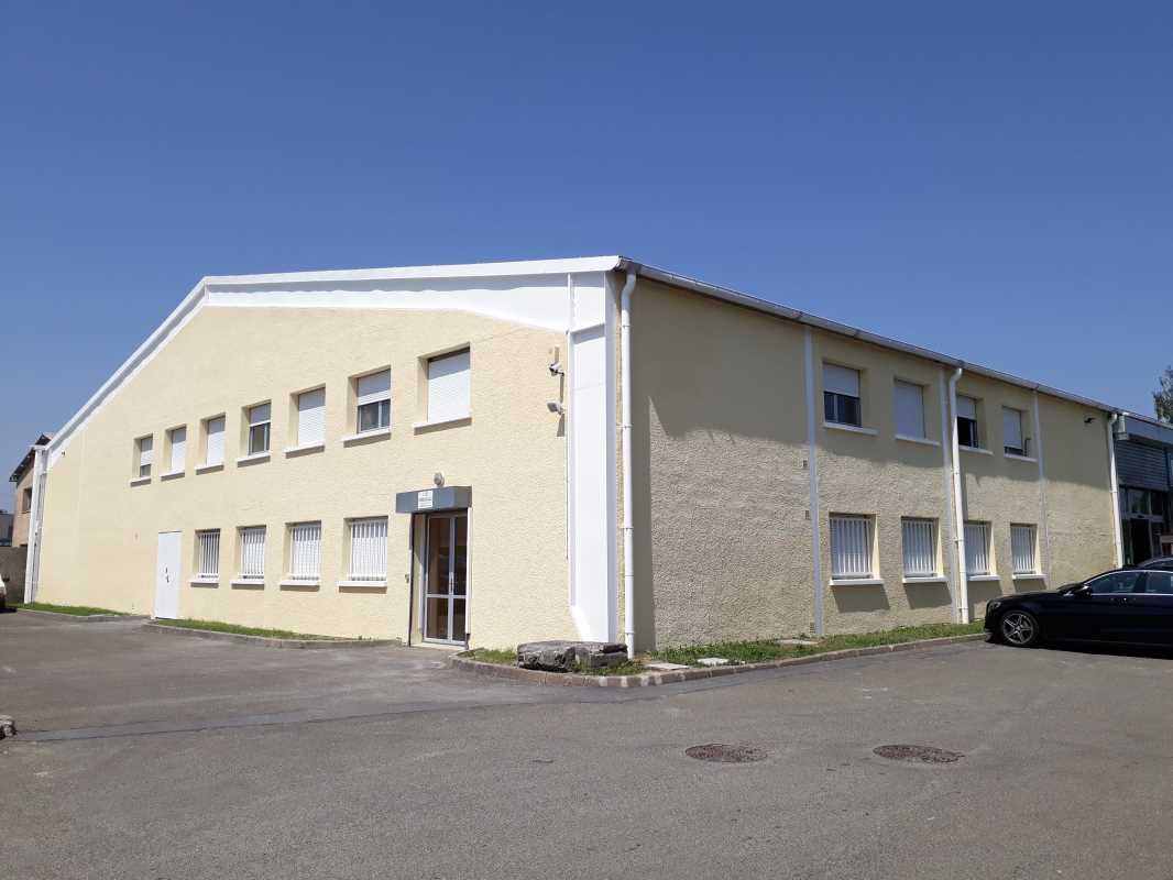 Photo du bien :  à Louer Bureaux 78310 COIGNIERES offre 686210