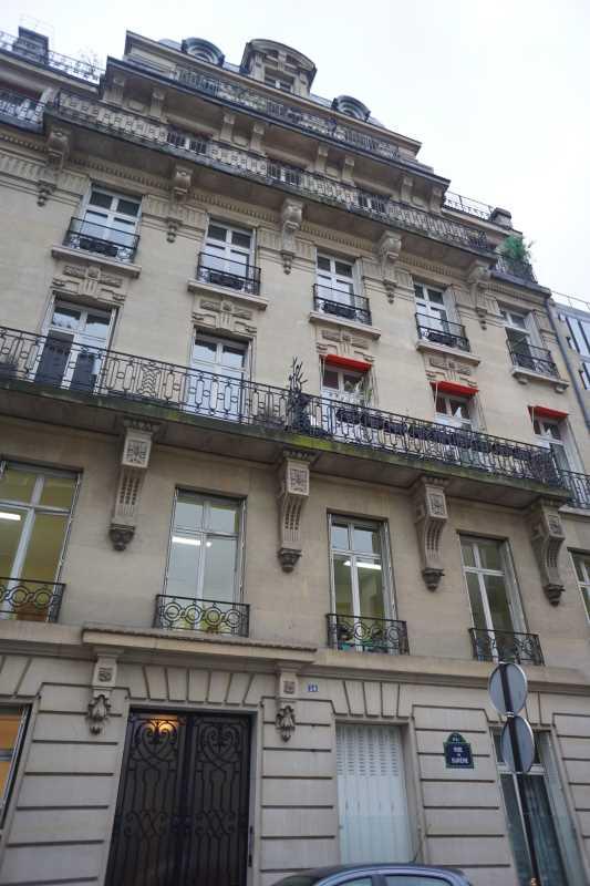 Photo du bien :  à Louer Bureaux 75008 PARIS offre 686304