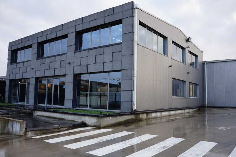 Photo du bien :  à Louer Locaux d'activité 93320 LES PAVILLONS SOUS BOIS offre(...)
