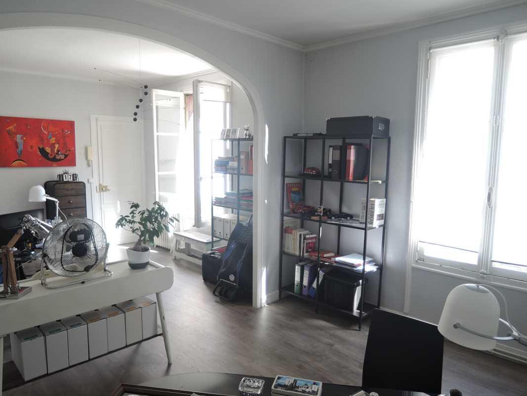 Photo du bien :  à Louer Bureaux 92300 LEVALLOIS PERRET offre 704083