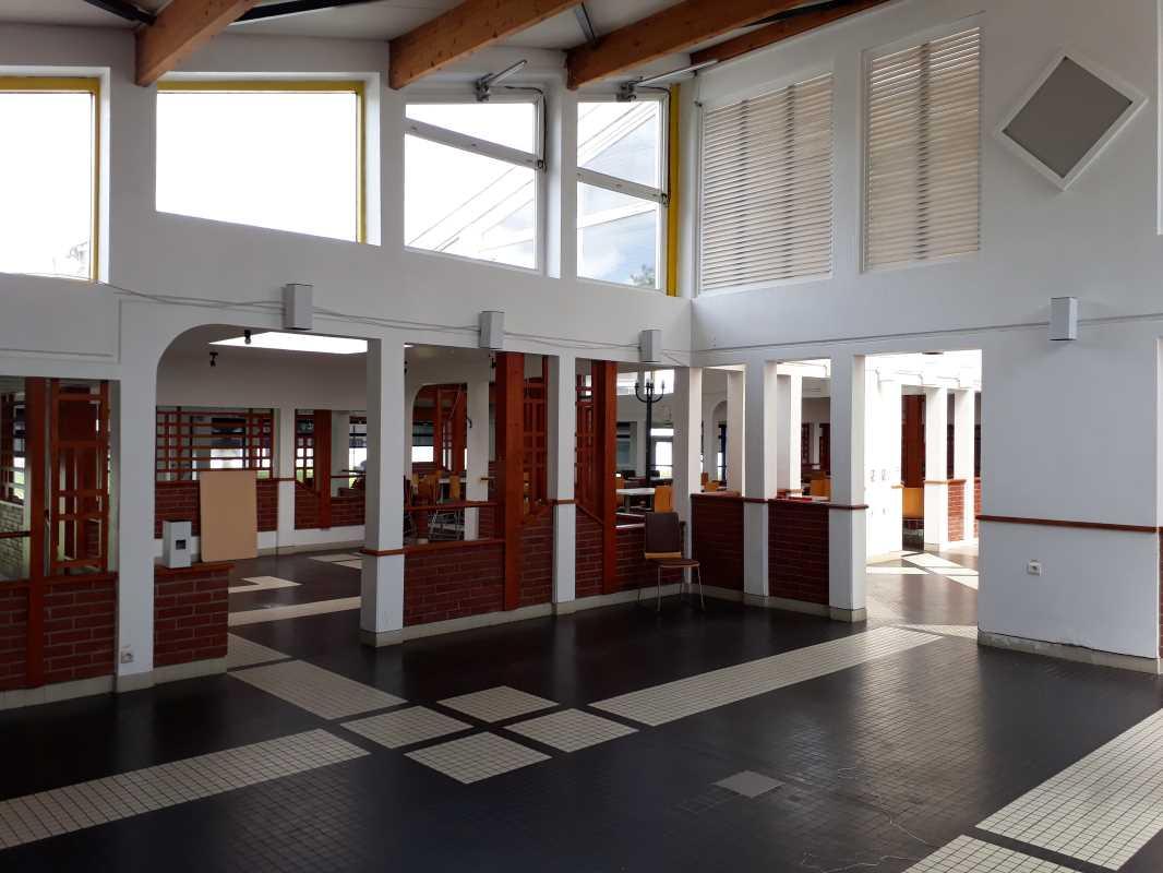 Photo du bien :  à Vendre Locaux commerciaux 91140 VILLEBON SUR YVETTE offre 716551