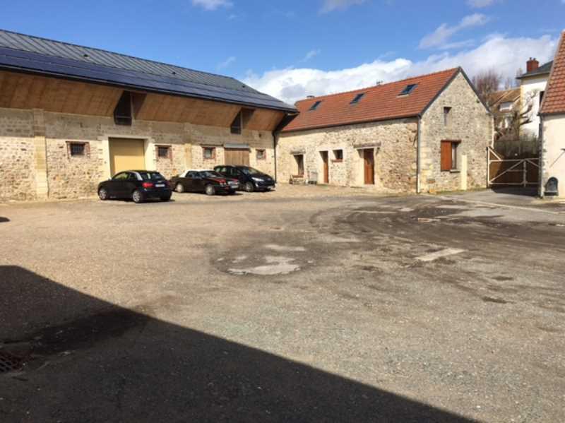 Photo du bien :  à Louer Entrepôt et Locaux d'activité 95300 LIVILLIERS offre(...)