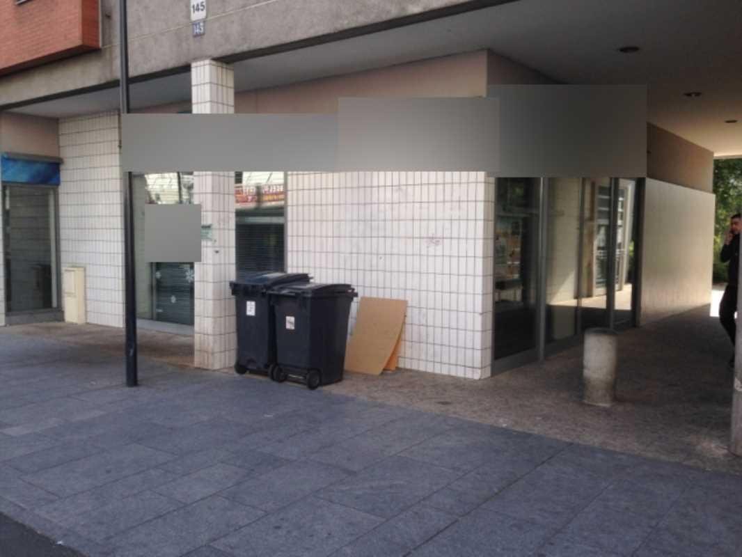 Photo du bien :  à Vendre Locaux commerciaux 93200 SAINT DENIS offre 721131
