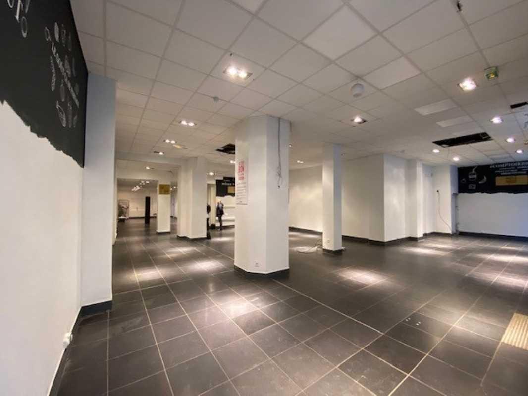 Photo du bien :  à Louer Locaux commerciaux 92300 LEVALLOIS PERRET offre 747165