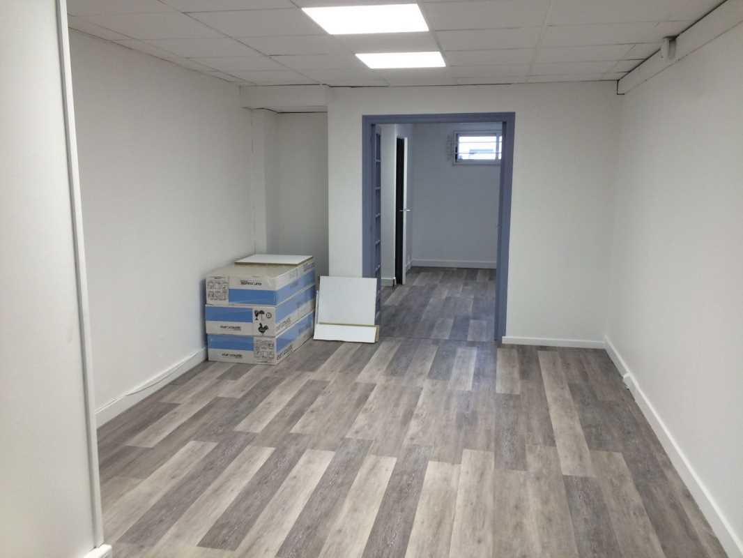 Photo du bien :  à Louer Bureaux et Locaux commerciaux 92160 ANTONY offre 753495