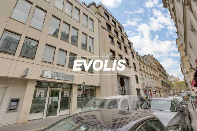 Photo du bien :  à Louer Bureaux 75008 PARIS offre 753973