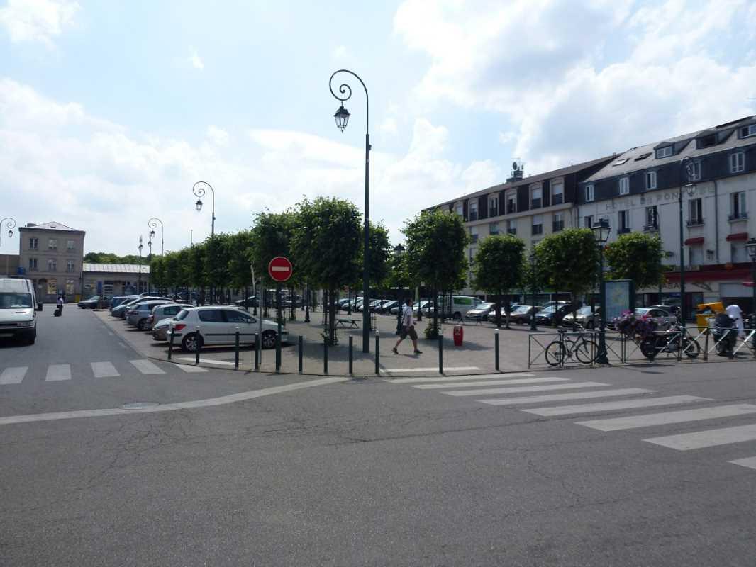 Photo du bien :  à Louer Bureaux 95300 PONTOISE offre 774562