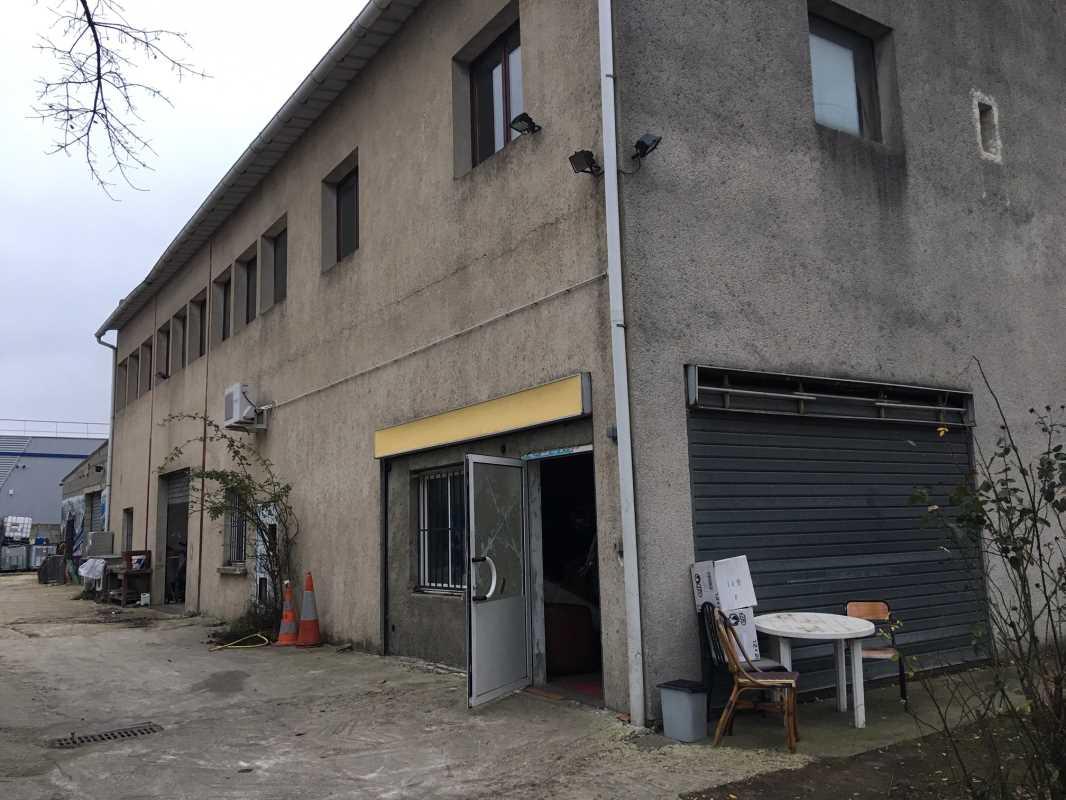 Photo du bien :  à Louer Locaux d'activité 91270 VIGNEUX SUR SEINE offre 776717