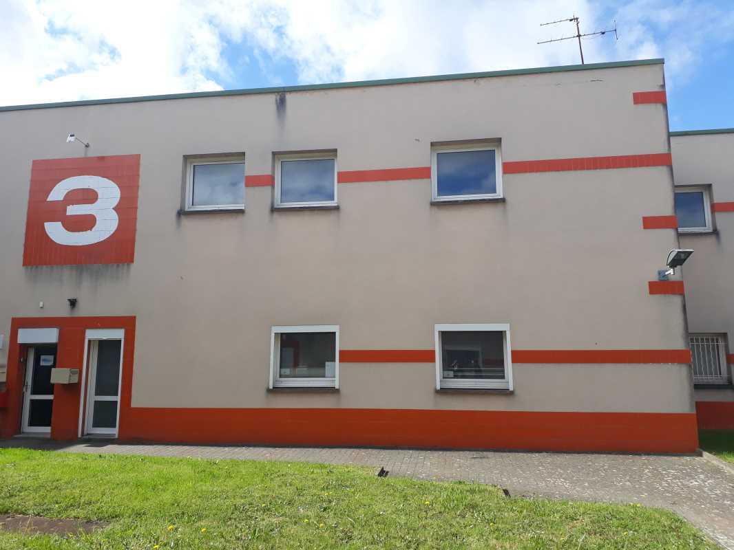 Photo du bien :  à Vendre Locaux d'activité 78190 TRAPPES offre 778626