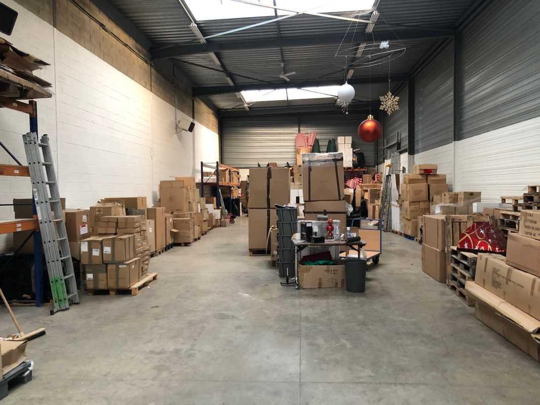 Photo du bien :  à Louer Entrepôt et Locaux d'activité 77230 MOUSSY LE NEUF offre(...)