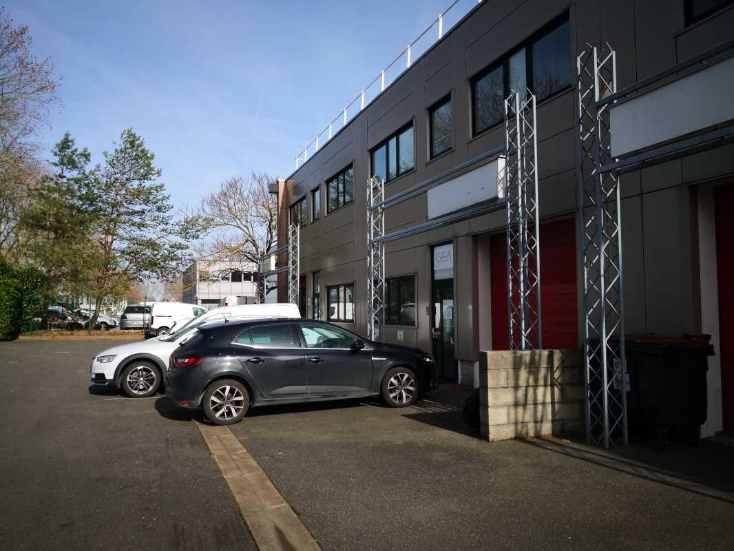 Photo du bien :  à Louer Locaux d'activité 91070 BONDOUFLE offre 793055