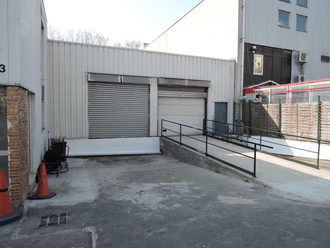 Photo du bien :  à Louer Locaux d'activité 93200 SAINT DENIS offre 796860