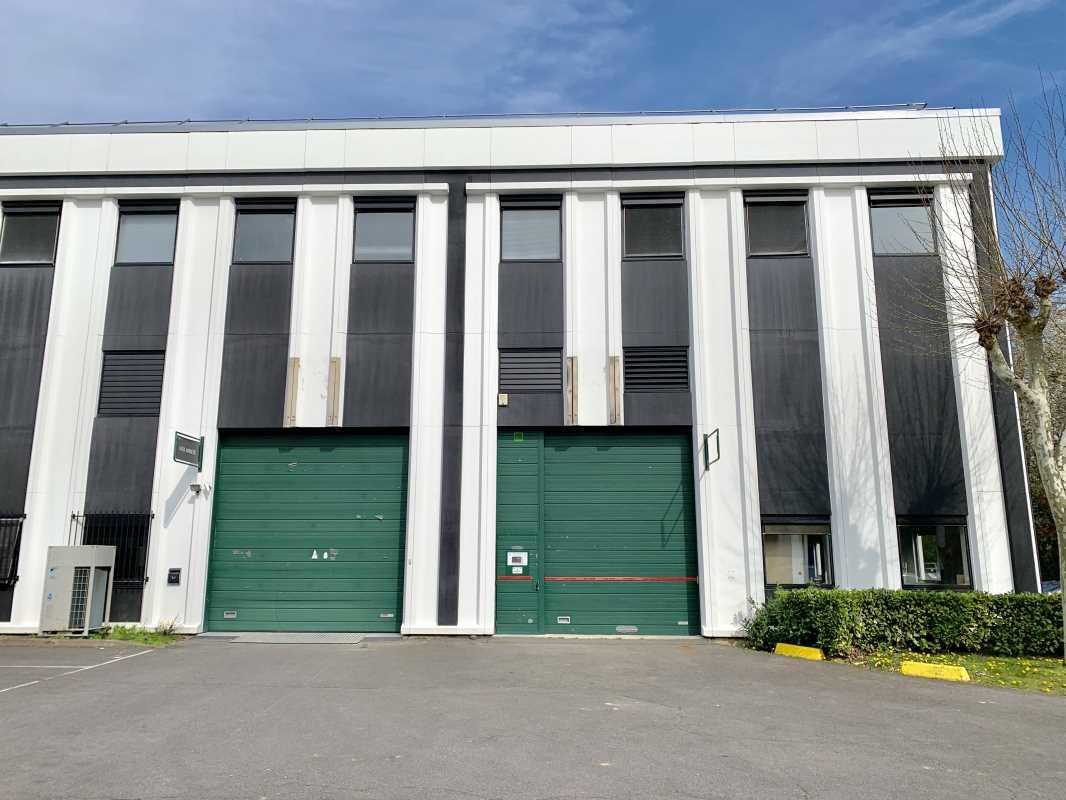 Photo du bien :  à Louer Locaux d'activité 91370 VERRIERES LE BUISSON offre(...)
